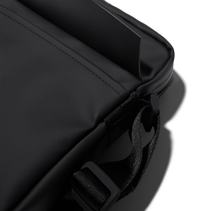 Canfield Siyah Çapraz Askılı Küçük Çanta